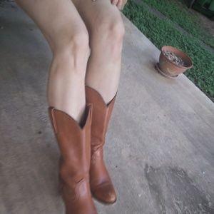 Frye cognac brown cowboy boots